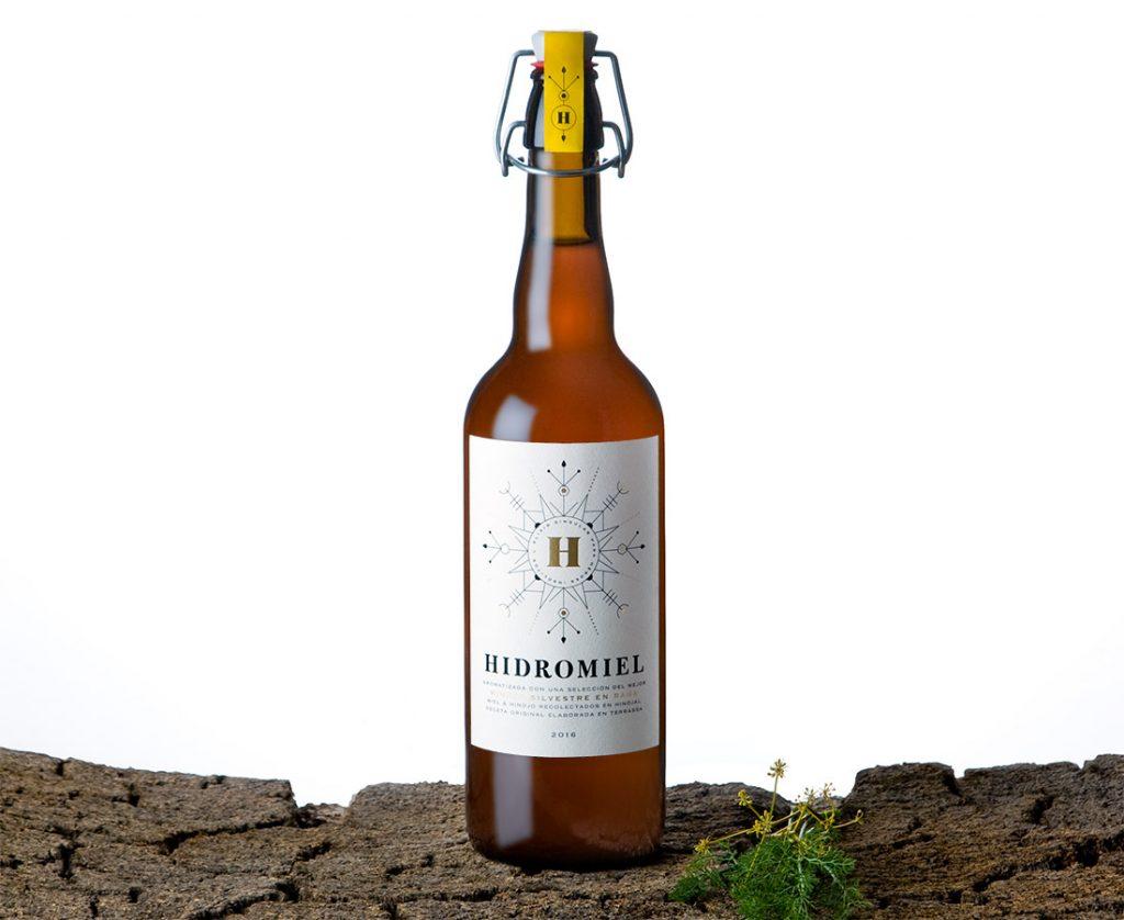 Hidromiel botella - Eva Arias Graphic Studio